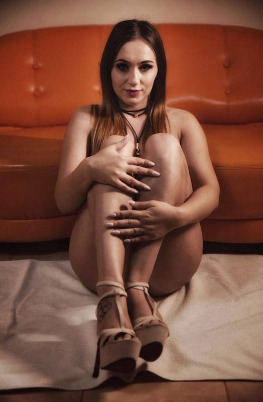 Sexy escort girl, Nova
